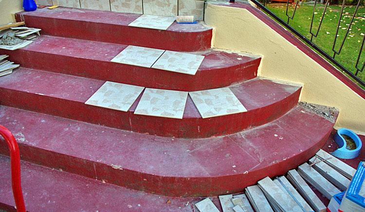 Forum carrelages conseils de pose du carrelage astuces for Pose moquette escalier